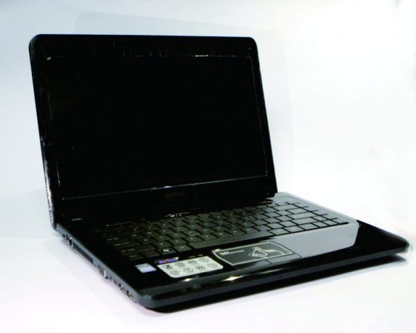 Laptop Second Axioo Neon HNM 5520